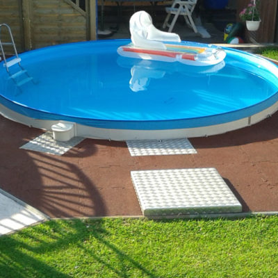 elastischer-gummiboden-fitnessboden-elastik-gummigranulat-fliese-platte-fitness-fallschutz-outdoor-pool