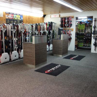 elastischer-gummiboden-fitnessboden-elastik-gummigranulat-fliese-platte-fitness-fallschutz-outdoor-shopfloor-1