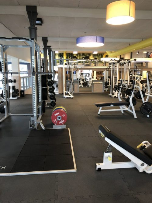 elastischer-gummiboden-fitnessboden-elastik-gummigranulat-fliese-platte-fitness-gerätebereich-freihantelbereich-13