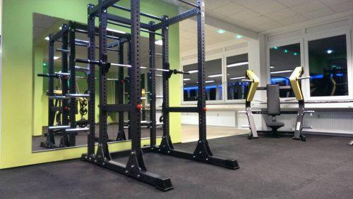 elastischer-gummiboden-fitnessboden-elastik-gummigranulat-fliese-platte-fitness-gerätebereich-freihantelbereich-2