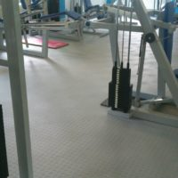 fitnessboden-jp-active-pvc-fliese-platte-geräte-kraftraum-freihantel-kurzhantel-gewichte-aerobic-trx-cardio-funktionale-zone-sport-fitness-fitnessstudio-4