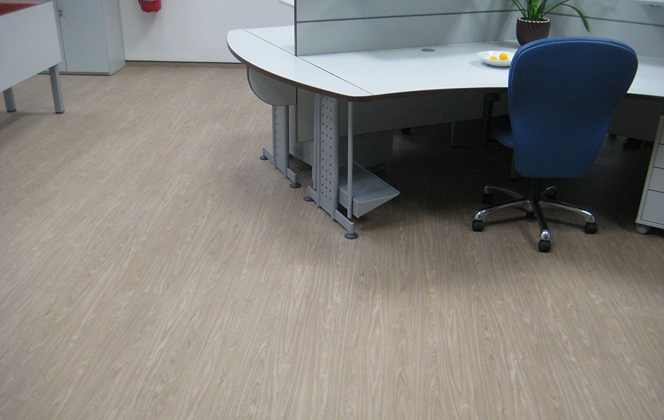 A Good Design For The Commercial Floorings Should Rather Be Conservative  And Emphasize Small Features Only Sporadically. Large Patters In Office  Spaces ...