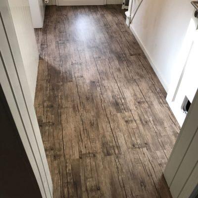 industrieboden-gewerbeboden-contract-planke-holzlook-pvc-planke-platte-büro-wohnen-9