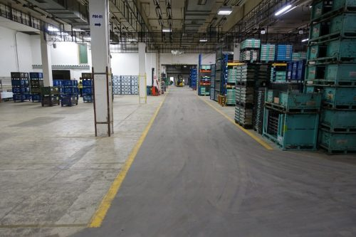 industrieboden-gewerbeboden-jp-mechanic-pvc-fliese-platte-großlager-lager-industriehalle-produktion-produktionshalle-textilindustrie-gabelstaplerbefahrbar