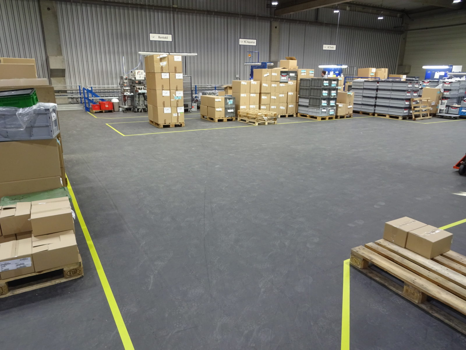 industrieboden-gewerbeboden-jp-mechanic-pvc-fliese-platte-lager-5