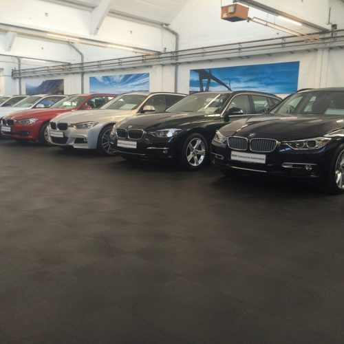 industrieboden-gewerbeboden-kfz-werkstatt-reifenservice-jp-mechanic-pvc-fliese-platte-garagen-autohändler-autohaus-showroom-autohandel-1