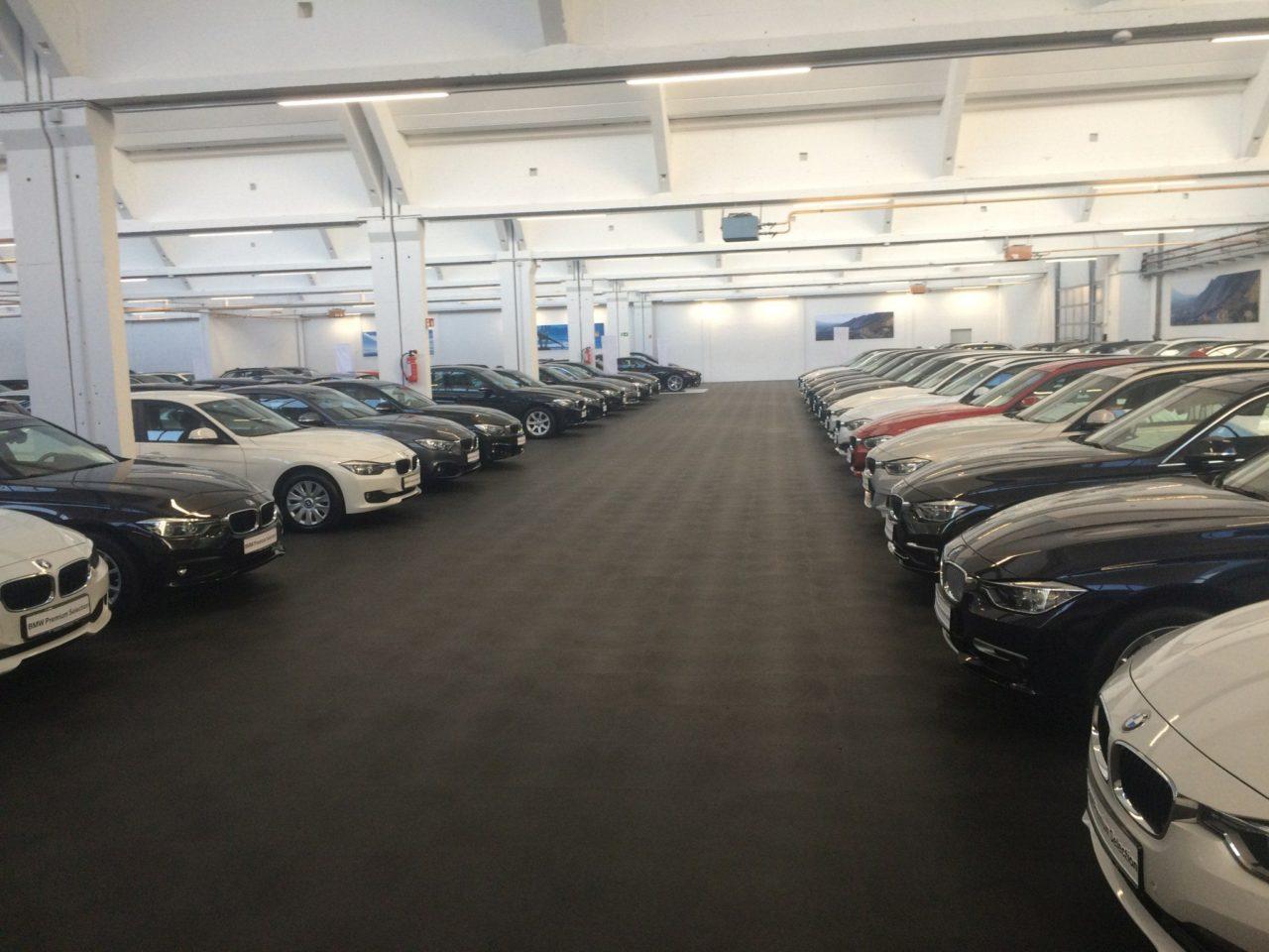Bodenbelag Garage pvc garagenboden mit klicksystem aus fliesen platten pvc
