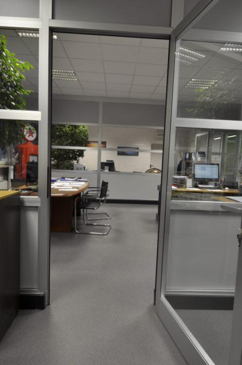 industrieboden-gewerbeboden-luxury-steinoptik-pvc-fliese-platte-büro-wohnen-4