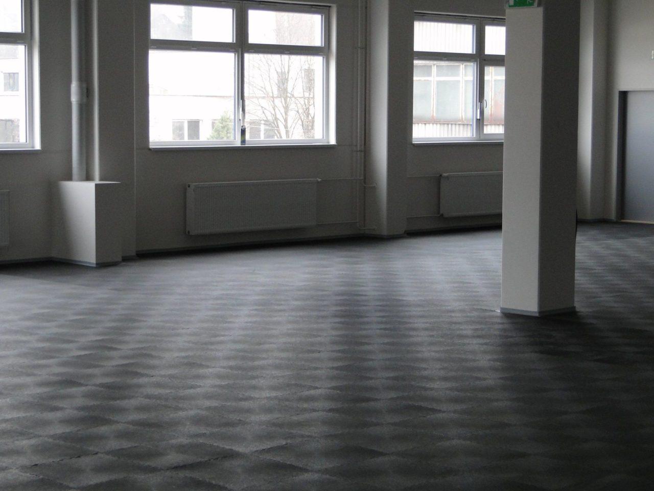 Bevorzugt PVC Industrieboden & Industriefußboden fugenlos als BL88