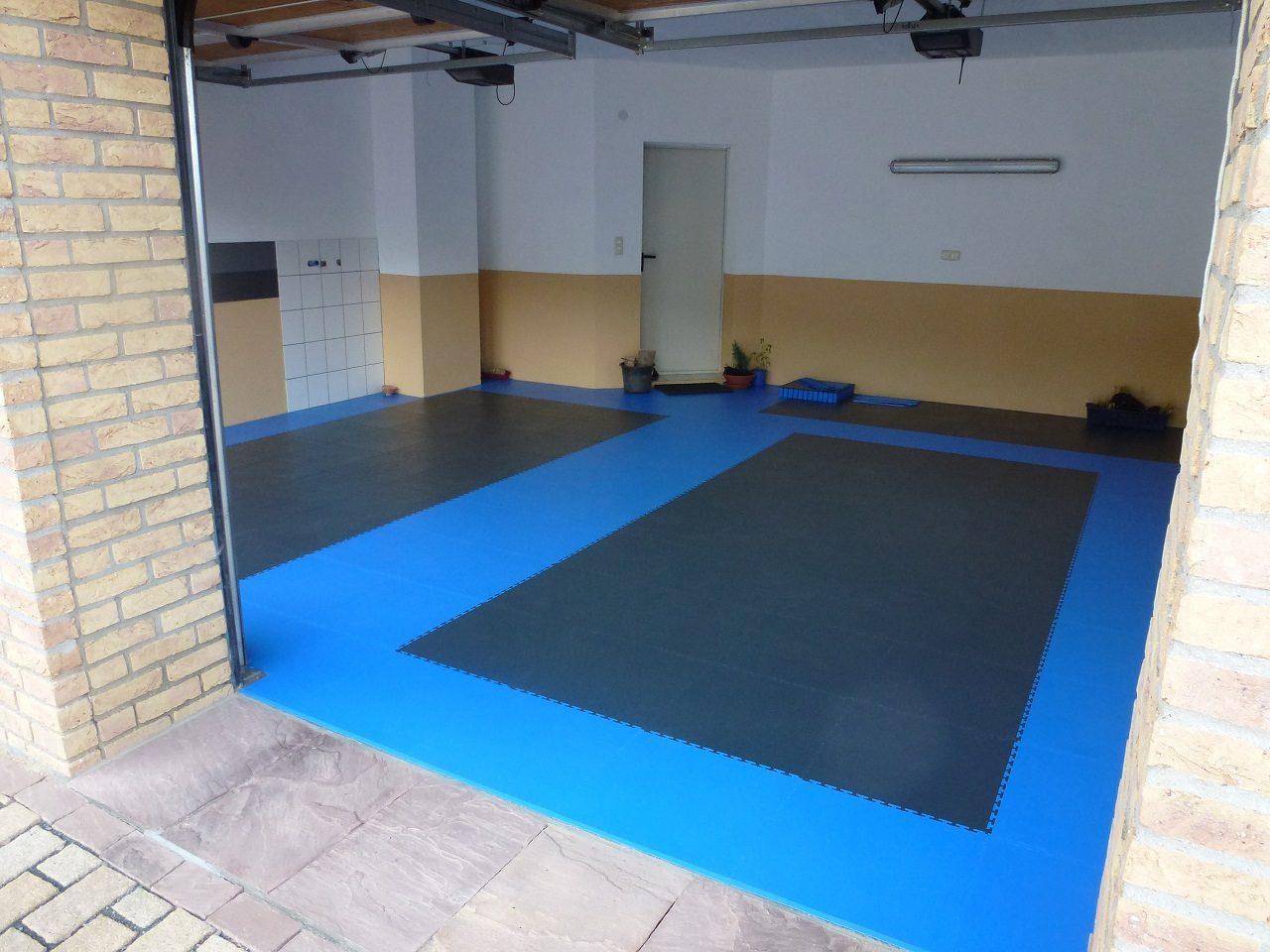 PVC Garagenboden mit Klicksystem aus Fliesen Platten – PVC