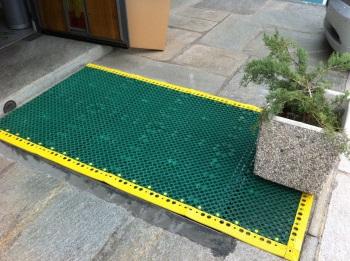 JP UNIVERSAL PVC Tile Flooring JägerPlastik - Rutschfeste fliesen für den aussenbereich