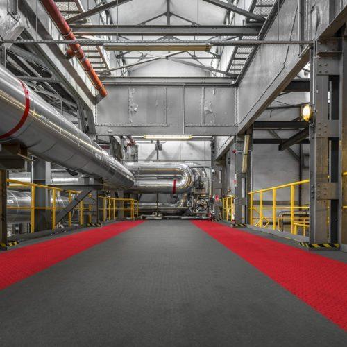 industrieboden-werkstatt-jp-mechanic-pvc-fliese-platte-produktion-fertigung-industriehalle-gabelstaplerbefahrbar-1