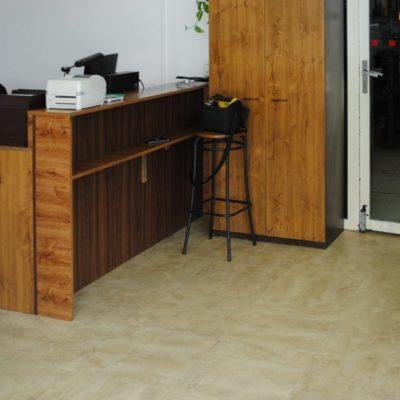 pvc-fliese-boden-platte-jp-business-decor-stone-beige-verdeckte-verbindung-gewerbe-öffentliche-einrichtungen-11