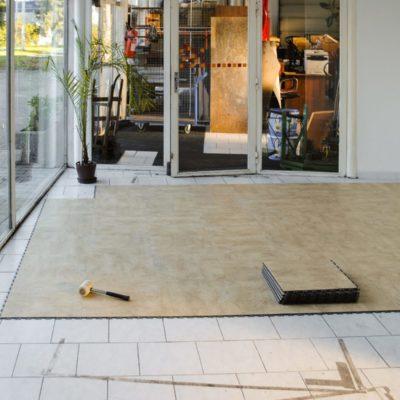 pvc-fliese-boden-platte-jp-business-decor-stone-beige-verdeckte-verbindung-gewerbe-öffentliche-einrichtungen-