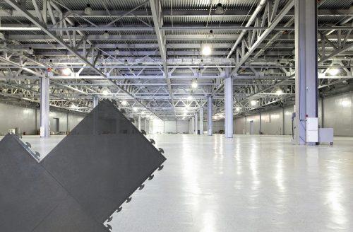 pvc-fliese-boden-platte-jp-industrial-anthrazitgrau-orangenhaut-verdeckte-verbindung-industrie-produktion-schwerlast-werkstatt-lager-gewerbe-handel-7
